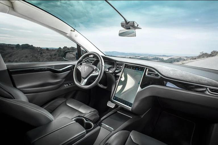 اپل موفق به ساخت خودروی خودران می شود؟!