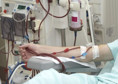 کرونا جان ۶۸ بیمار دیالیزی را در همدان گرفت