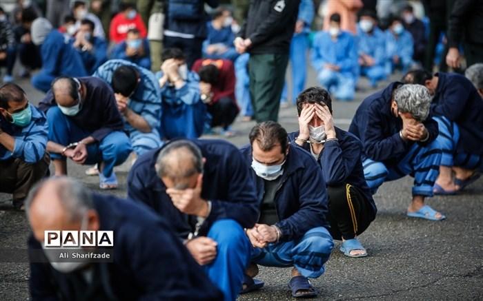 دستگیری ۲۸۱ نفر از مجرمان حرفه ای، سابقه دار، مالخر و زورگیر