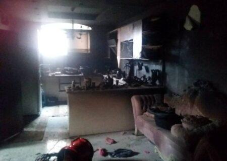 آتش سوزی منزل مسکونی ۲ طبقه در خیابان خانه اصفهان + عکس ها