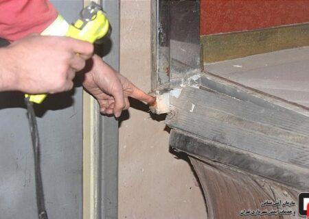 له شدن مرگبار زن تهرانی در آسانسور خانه شان+ عکس جنازه