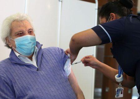 درخواست حزب ندای ایرانیان برای پیگیری خرید سریع واکسن کرونا