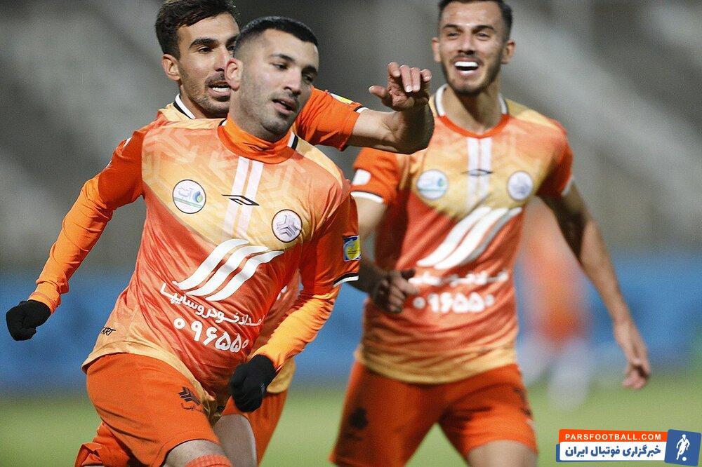 مهرداد سراجی مدیرعامل باشگاه : آتش بازی در بازی سپاهان و سایپا غیراخلاقی و غیرحرفهای بود