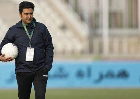 خبرگزاری فارس – اخباری: امیدوارم داوران تحت تاثیر بیانیه های حریف قرار نگیرند/با غیرت بازیکنان در لیگ می مانیم