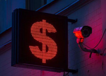 سقوط دلار به کف سه ساله