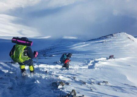 گرفتاری ۱۰۰ کوهنورد در ایستگاه ۷ توچال