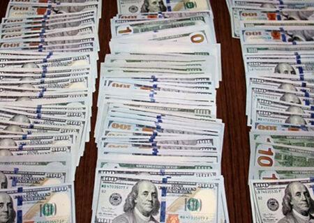 کشف ۳۰ هزار دلار و یورو تقلبی در عجبشیر