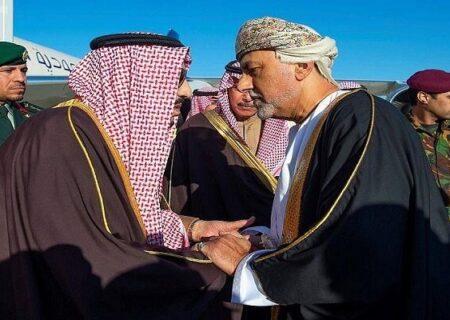 سلطان عمان برای شرکت در نشست ریاض دعوت شد