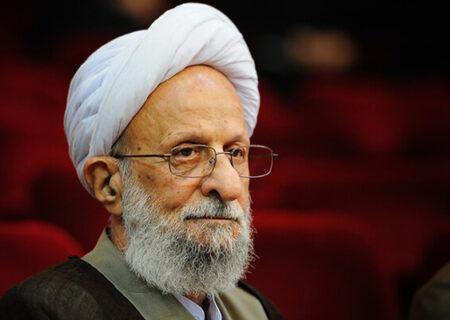 رئیس دفتر مقام معظم رهبری از آیتالله مصباح یزدی عیادت کرد