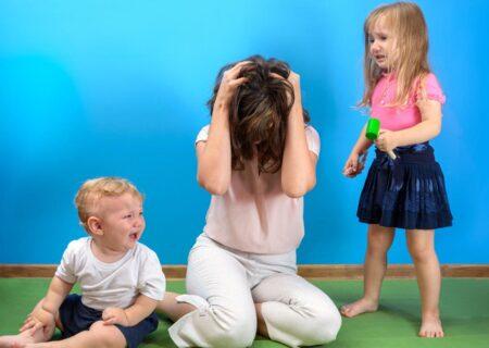 ۸ روش مقابله با کودکان پرخاشگر