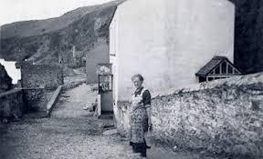 الیزابت پرته جان زنی تنها در جزیره ارواح + عکس