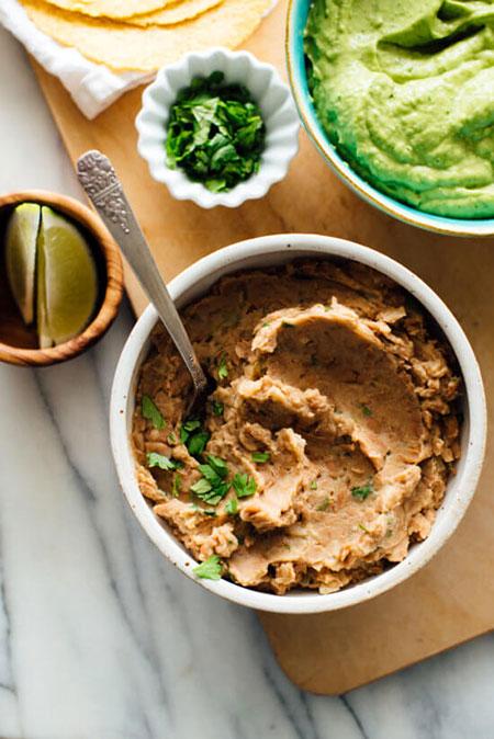 آموزش تهیه خوراک لوبیا کوفته با لوبیا چیتی