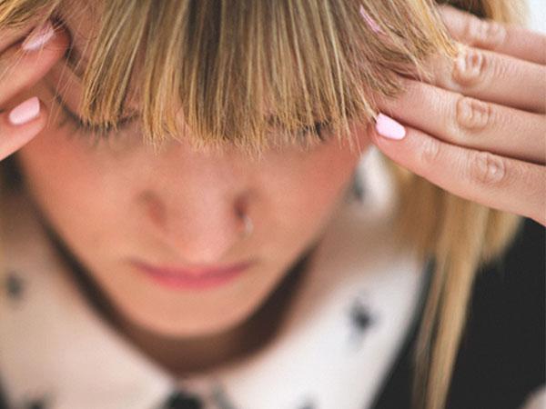 از کجا بفهمیم سردردمان ناشی از تومور مغزی است؟