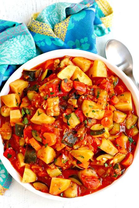 خوراک کدوسبز ایتالیایی با سیبزمینی