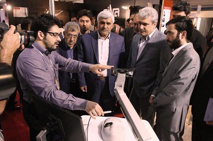 دستگاه ایرانی «شبیهساز آموزشی عمل جراحی چشم» به چین صادر شد