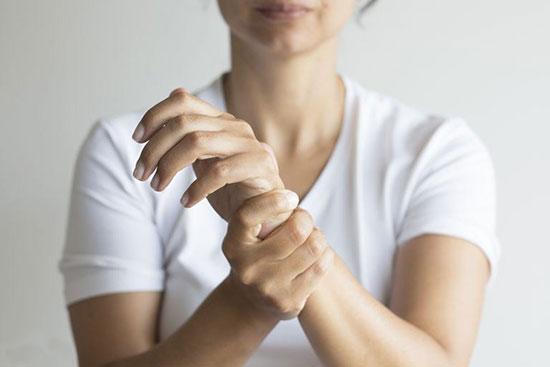 سندرم تونل کارپال/سوزن سوزن شدن دست در بارداری را چگونه درمان کنیم!