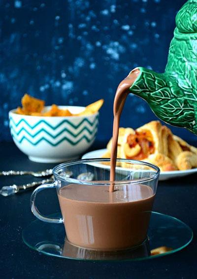 شکلات داغ موزی؛ صبحتان را شیرین آغاز کنید!