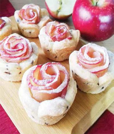 طرز تهیه شیرینی رزت سیب/ دسر زمستانی ایده آل!