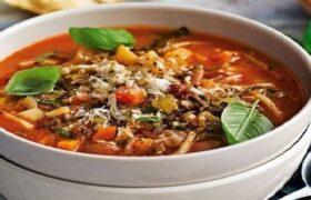 طرز تهیه سوپ مینسترونه؛ یک سوپ ایتالیایی غلیظ