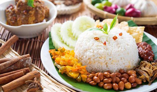 ناسیلماک؛ غذای ملی مالزی