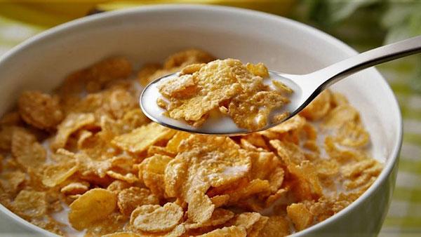 کورن فلکس خانگی؛ صبحانهتان را کامل کنید!