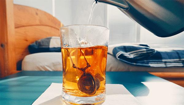 ۷ نوشیدنی شبانه برای کاهش وزن