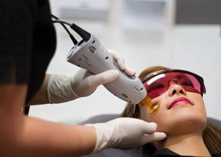 عوارض لیزر درمانی/که برای رفع موهای زائد طرفداران زیادی دارد
