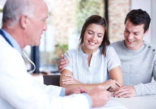 مشاوره و معاینه قبل از بارداری