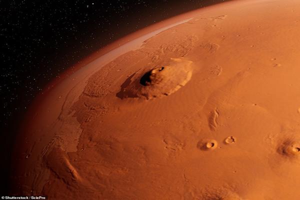تصاویری از بزرگ ترین «دره» در منظومه شمسی (گزارش تصویری)