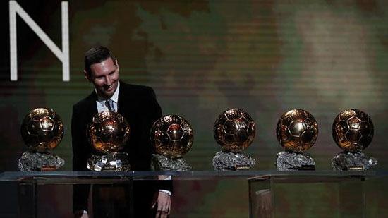همه اتفاقاتی که لیونل مسی را به ششمین توپ طلای فوتبال جهان رساند