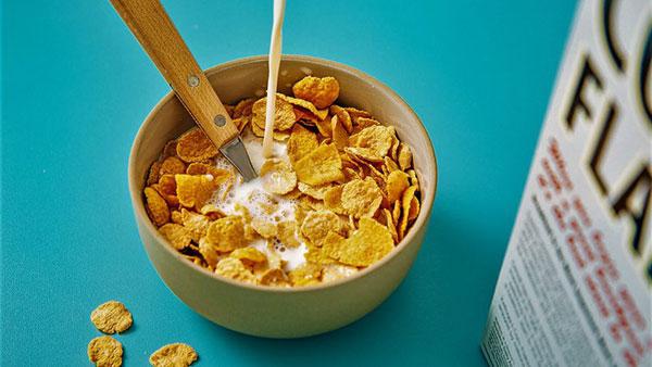 کورن فلکس خانگی؛ صبحانهتان را کامل کنید