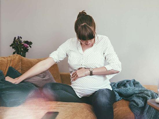 تنگی نفس در بارداری؛ علتها و راهکارها