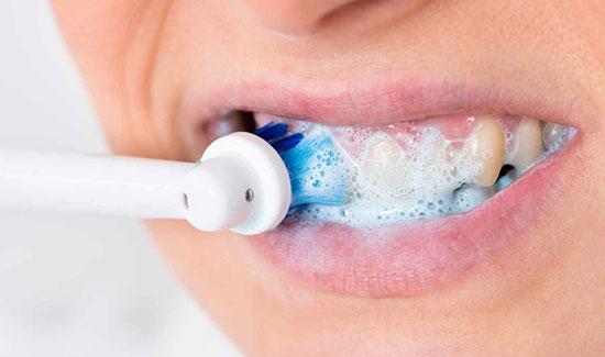 راهکارهای خانگی رفع جرم و پلاک دندانها