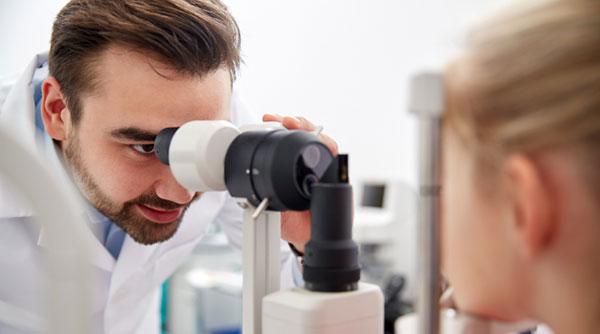 سندرم چارلز بونت، علتها، علائم و درمان