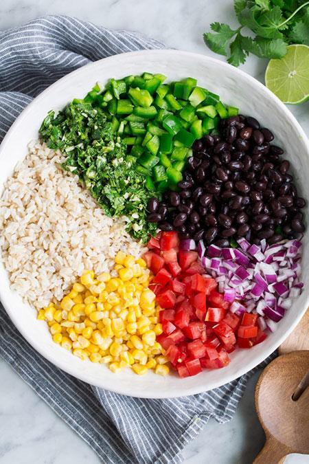 برنج قهوهای و سبزیجات رنگی؛ ترکیبی پر فیبر و مغذی
