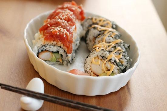 آموزش تصویری: درست کردن سوشی در خانه