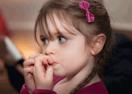 علائم فیزیکی اضطراب در کودکان
