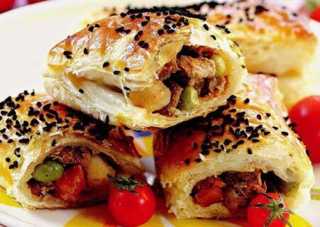 طرز تهیه بورک گوشت و سبزیجات؛ غذای خوشمزه و معروف