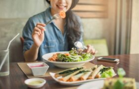 نشانه هایی در بدن که به شما هشدار می دهد مصرف سبزیجات شما کم است
