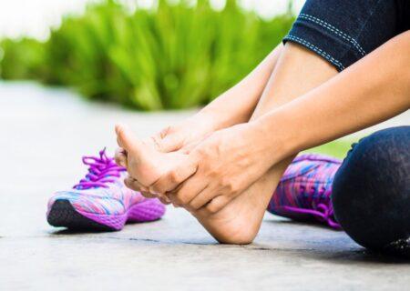 درمان پادرد با ماساژ پا؛ درمان خانگی برای تسکین پا درد