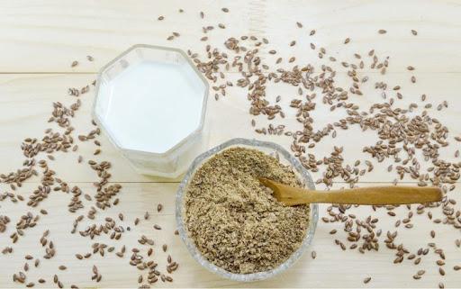 طرز تهیه شیر تخم کتان/یکی از مقویترین شیرهای گیاهی