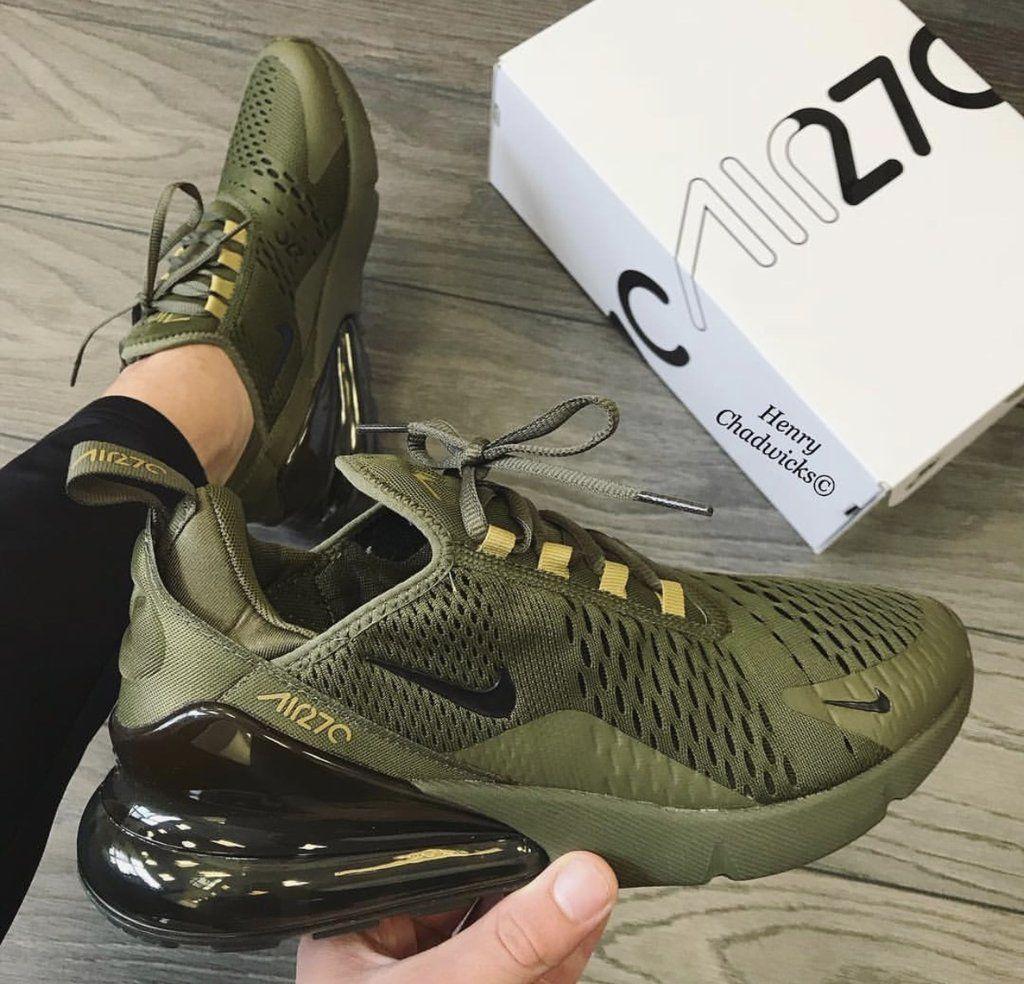 کفش های کتانی