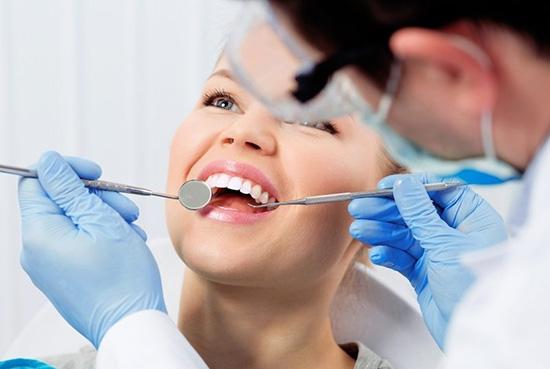 آیا بلیچینگ دندان ضرر دارد؟