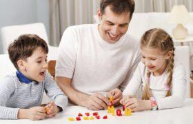 چگونه به کودکمان رفتار درست را آموزش دهیم؟