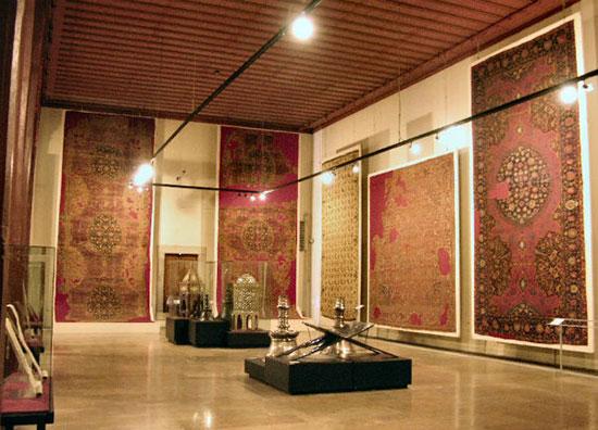 موزه فرش ایران، اصلت و هنر در یک قاب!