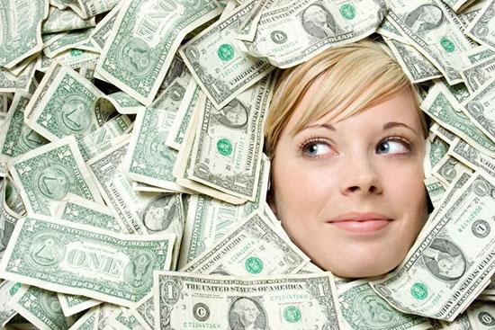 ۳ عادت مالی که فقیر و پولدار را از هم جدا میکند