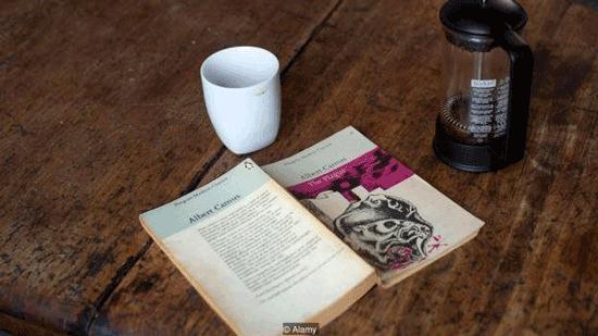 نویسندگانی که روزگار کرونا را پیشبینی کرده بودند