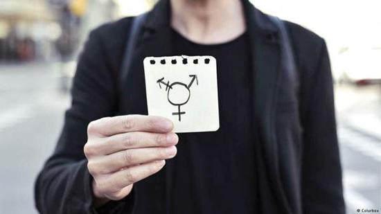 در عمل تغییر جنسیت چه اتفاقی برای افراد میافتد؟