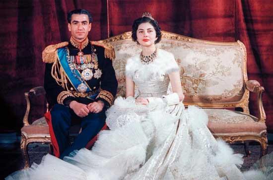 ازدواج محمد رضا پهلوی با ثریا