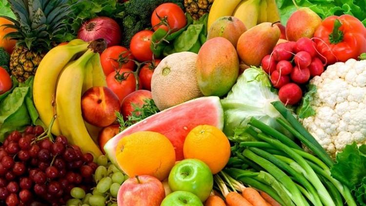 میوه و سبزیجات به کنترل وزن کمک می کند